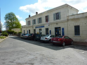 Auvers-sur-Oise Train Station
