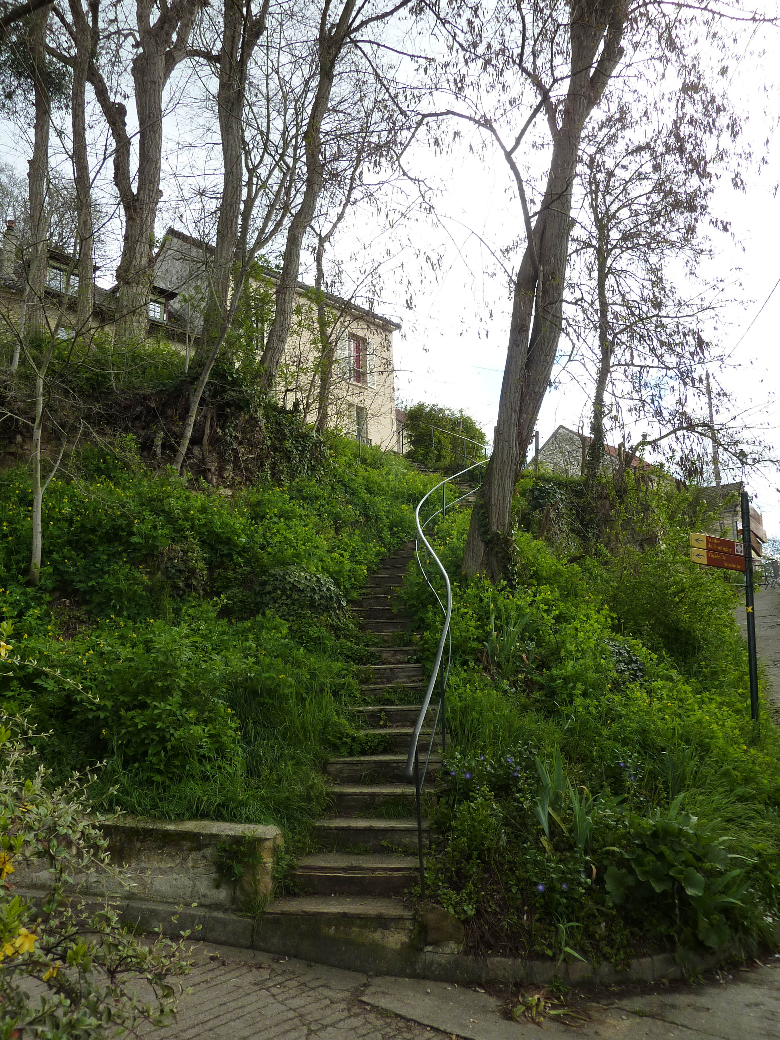 how to get to auvers sur oise from paris