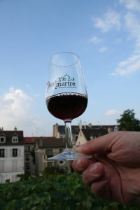 A Glass of Clos Montmartre 2008