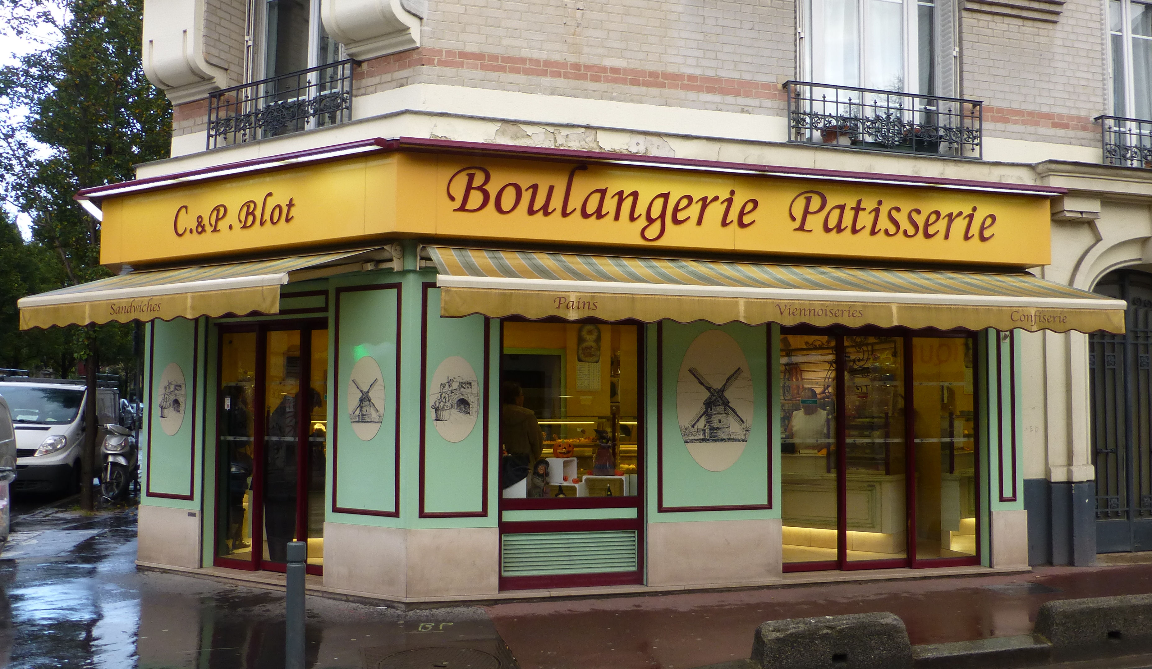 A Hands-on Pastry Workshop in the Town of Saint-Ouen « Paris Insights – The Blog