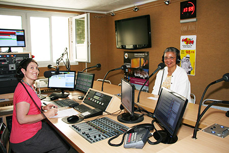 Ollia Horton and Monique Y. Wells at IDFM Radio 98 in Enghien